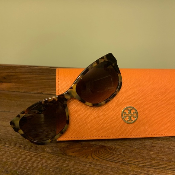 2c0825cd9 Tory Burch 54 mm Sunglasses. M_5c622598de6f62adacaac7cf